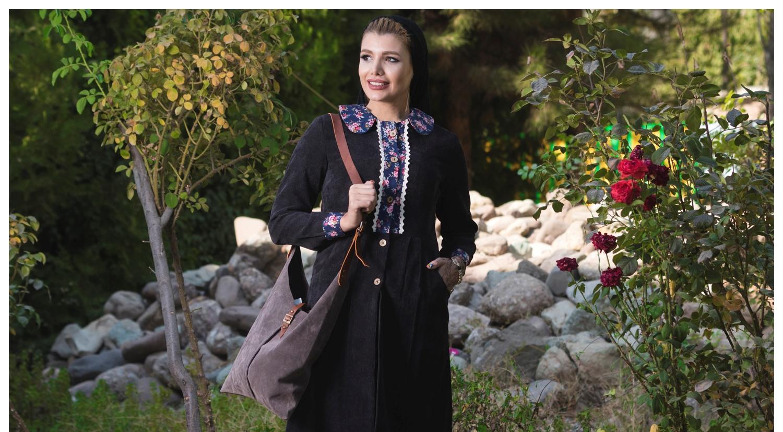 مانتو جلو باز در تهران تایسز کمانگر